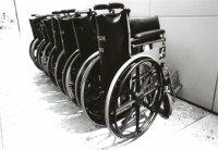 Wózki inwalidzkie, sprzęt medyczny